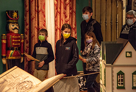 Photo of visitors to the Paine wearing face masks