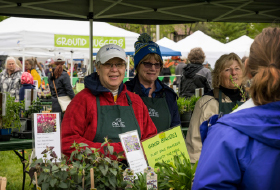 People at Paine's plant sale in Spring